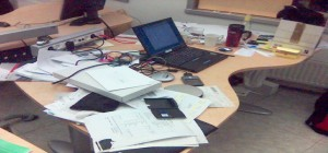 bureau mal rangé