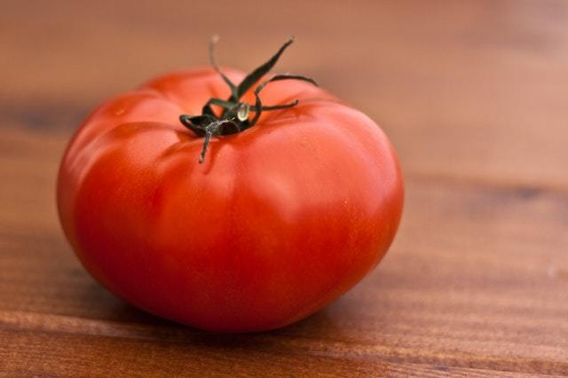 rougir comme une tomate